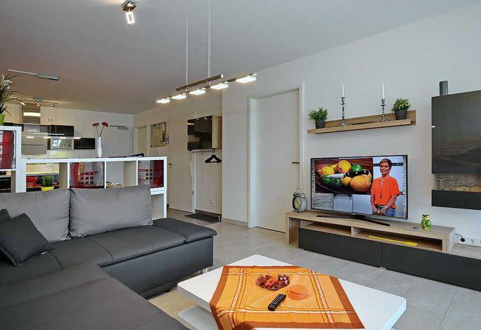 Blick von der Couch in die Wohnung
