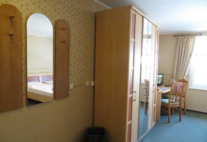 Zugang zum Doppelzimmer