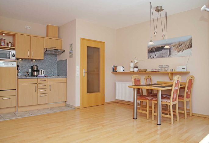 Küchenzeile und Essbereich im Wohnzimmer
