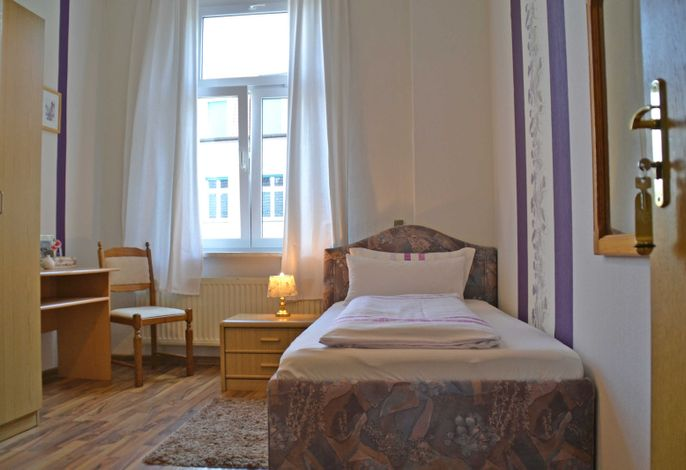 Einzelzimmer Beispielbild