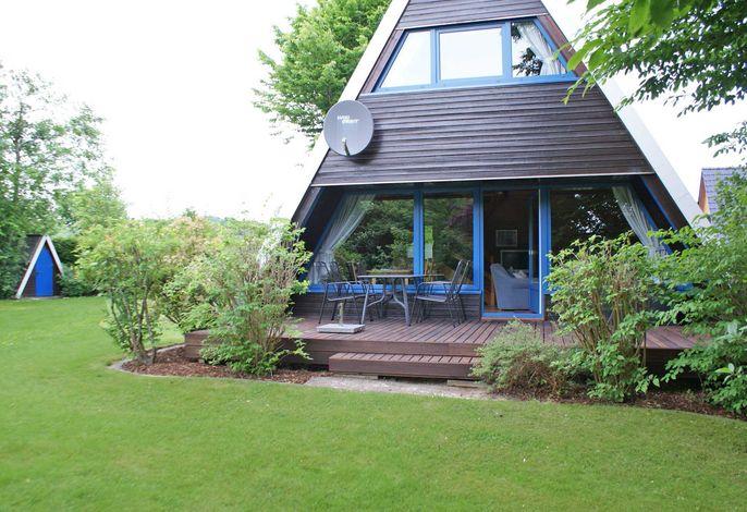 Zeltdachhaus mit W-LAN und grosser Terrasse