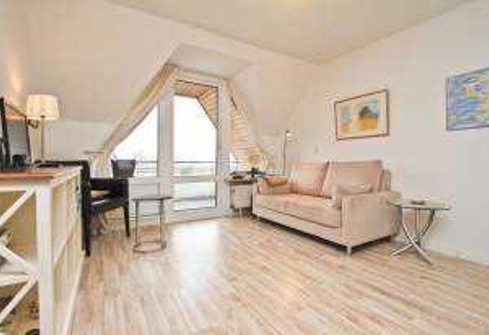 Blick in das Wohnzimmer zur Loggia