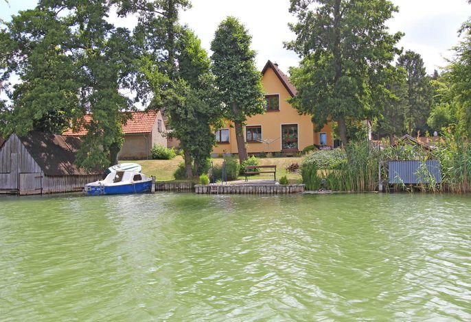 Ferienwohnung direkt am See Feldberg SEE 9661