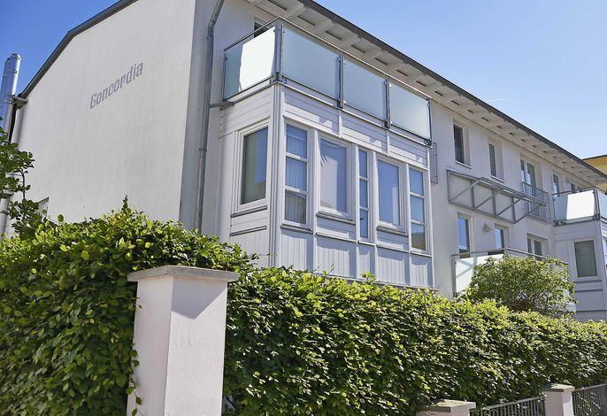 Haus Concordia F512 WG 15 Putbus mit seitlichen Meerblick