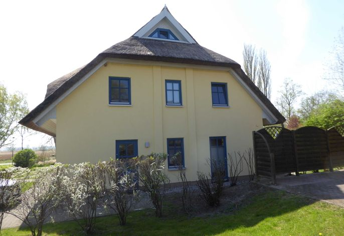 Reetdachhaus Holunder 3, Kamin, 3 Schalfzimmer, W-Lan