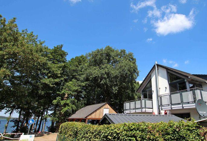 Exklusive 5 * Wohnung direkt am Fleesensee SEE 9681