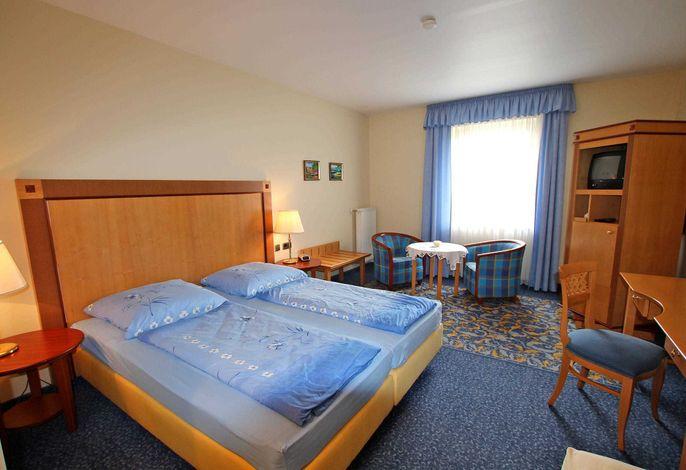 Großes Schlafzimmer - Aufbettung möglich