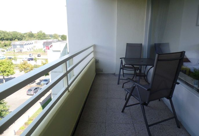Balkon in Nord-West Lage  ( Nachmittagssonne )