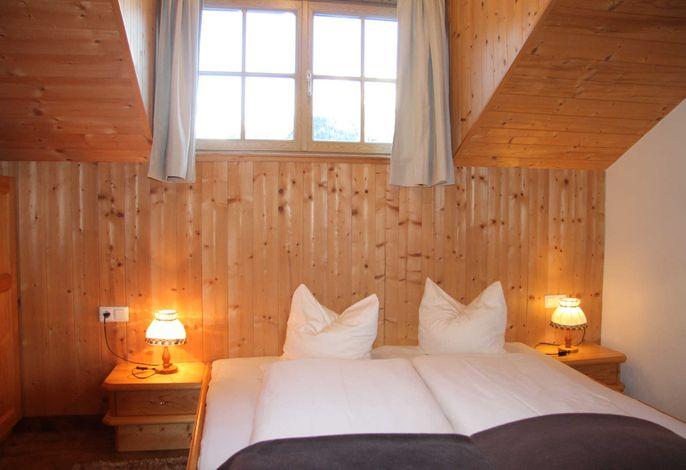 Innerkratzerhof Ferienwohnung Türkenbund Schlafzimmer