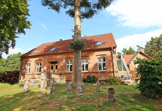 Ferienwohnung im Forsthaus am See SEE 9811