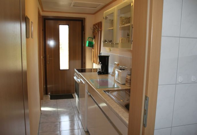 Küche/Eingangsbereich