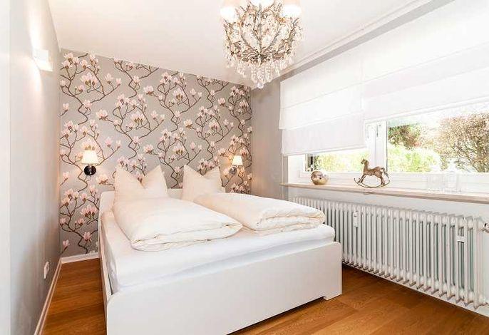 Ferienwohnung Seeglück, Schlafzimmer mit Doppelbett