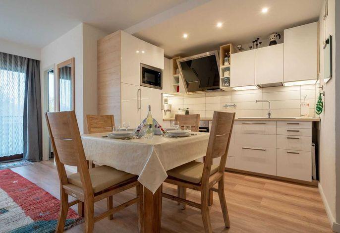 Essbereich und Küche - St Peter Ording Bad, Haus Atlantic, Wohnung 17 Regina