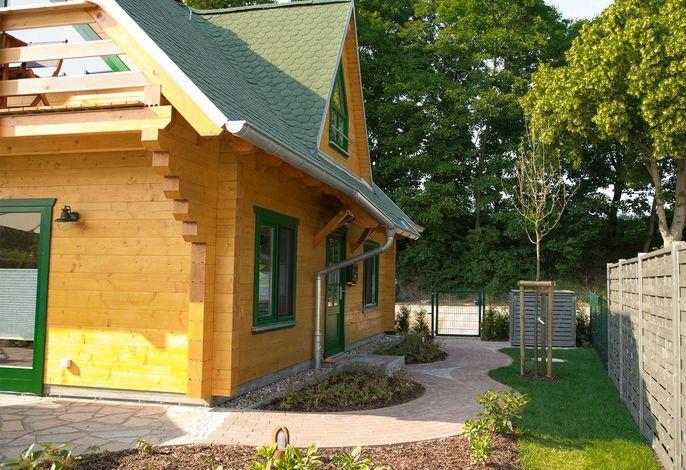 Neues Ferienhaus 80m² Wfl. 400m² Alleingrundstück