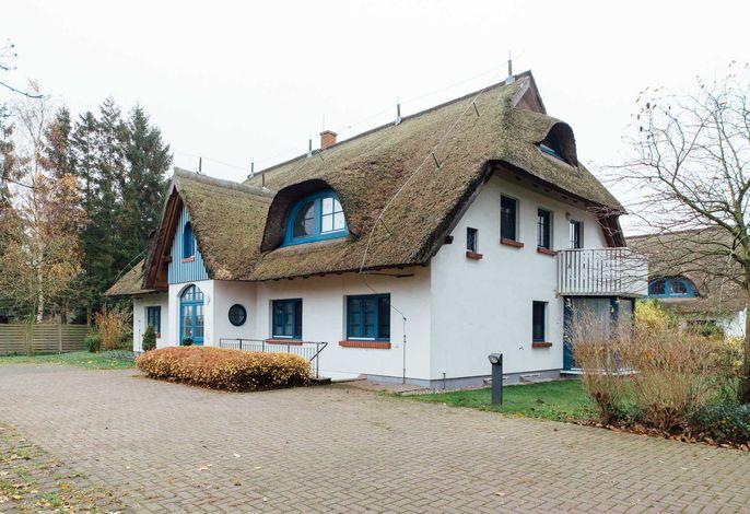 Unkel Bräsig - Gartenwohnung