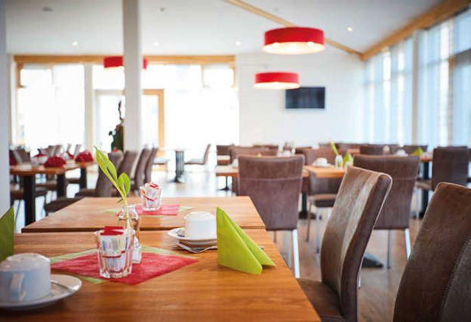 Vital Hotel An Der Therme Gmbh In Bad Windsheim Steigerwald Bei Hrs Holidays Gunstig Buchen