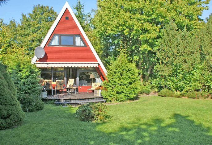 Zeltdachhaus - grosses Grundstück - sonnige Terrasse