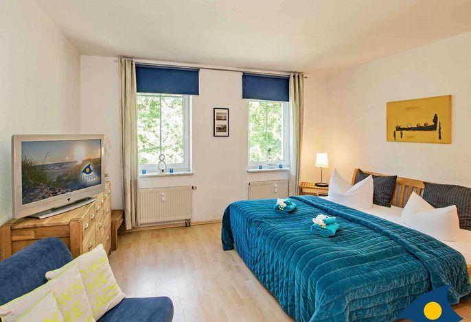 Wohn - und Schlafzimmer
