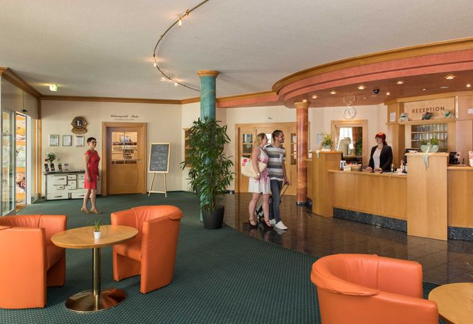 Hotellobby / Rezeption Schwarzwaldhotel Gengenbach