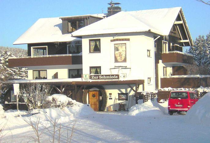 Hotel garni Zur Schmiede - SORGENFREI BUCHEN*