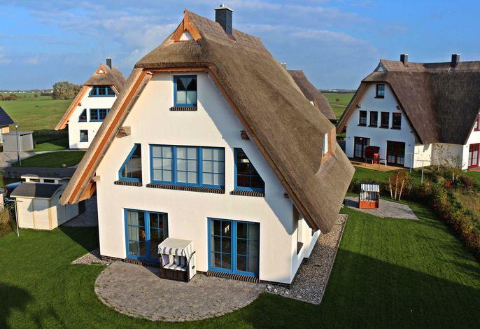 Ihre Ferienwohnung im EG mit großer Terrasse