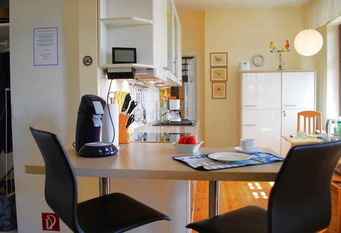 Blick auf die Küchenzeile.